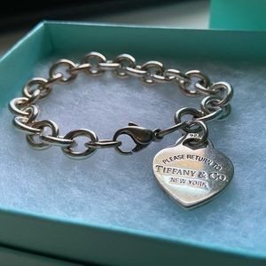 Tiffany & Co. Jewelry - Tiaffany & Co. Heart Tag Charm Bracelet